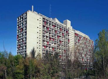 http://defisc.patrimoine.free.fr/photo2_corbusier.jpg